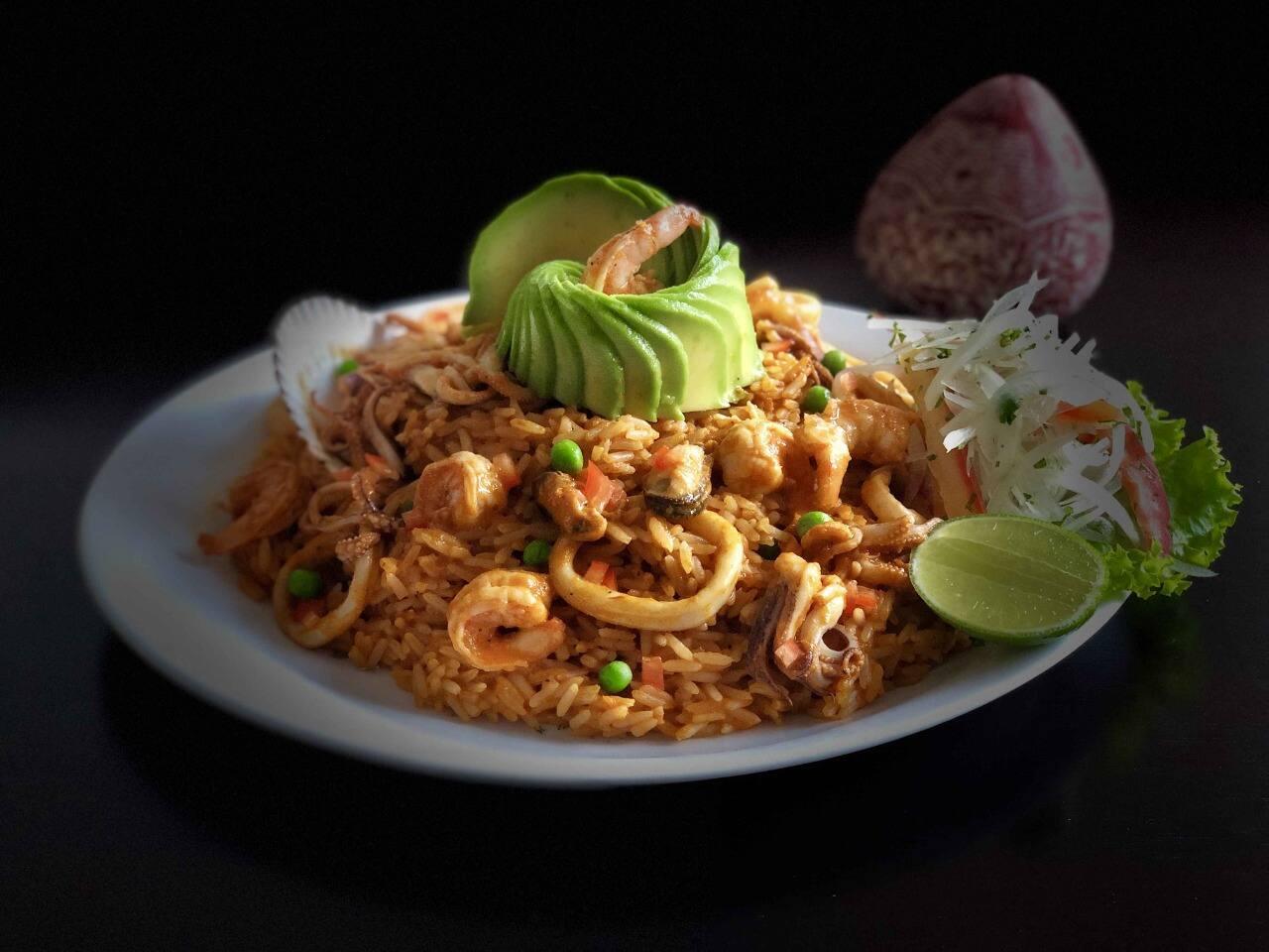 Restaurante Peruano Lhama's