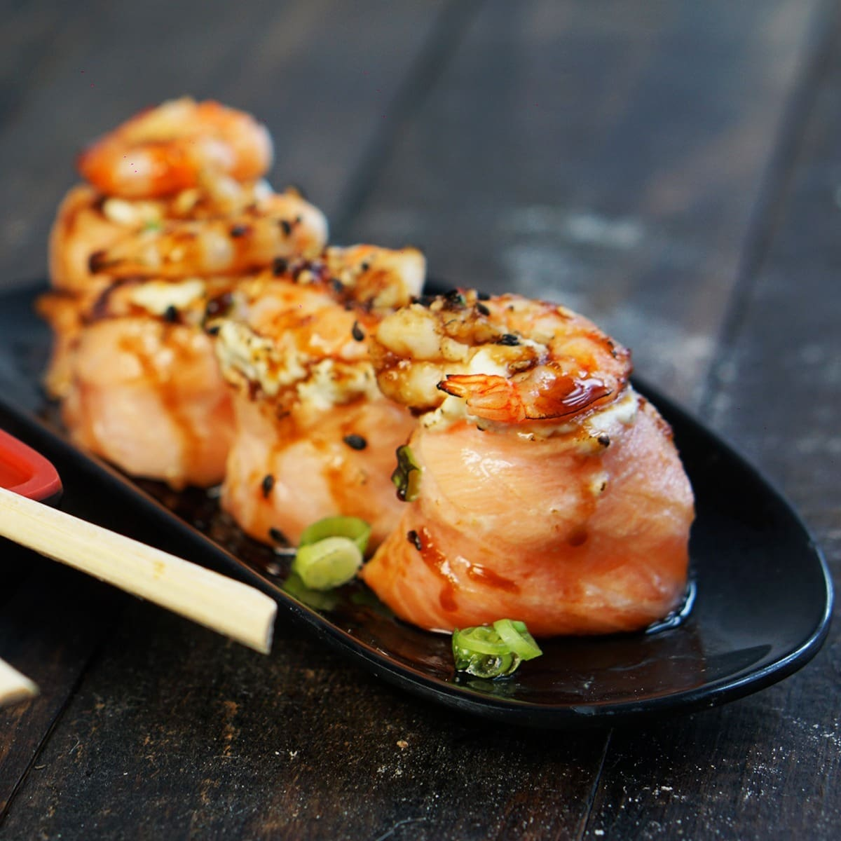 Yakibom Delivery Sushi e Oriental Food