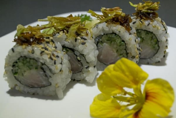 77 – uramaki peixe branco crisps