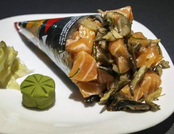 168 – temaki salmão e shimeji/shitake