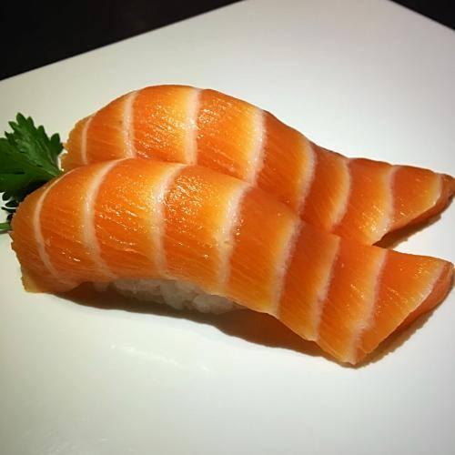 101 – niguiri salmão