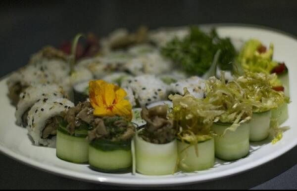 199 – sushi vegetariano (22 un. Para 1 à 2 pessoas)