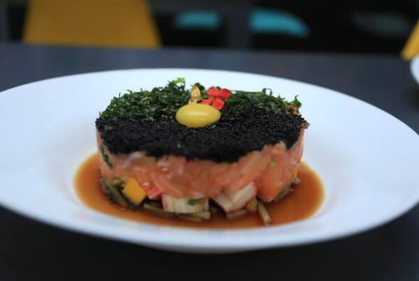 30 – tartar salmão califórnia
