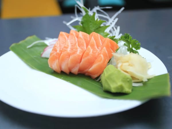 50 – sashimi do salmão