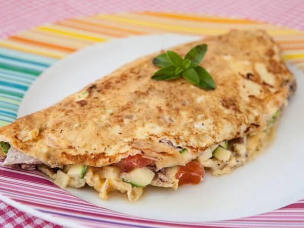 Omelete Big Frango:Frango,Presunto,Mussarela,Tomate e Catupiry