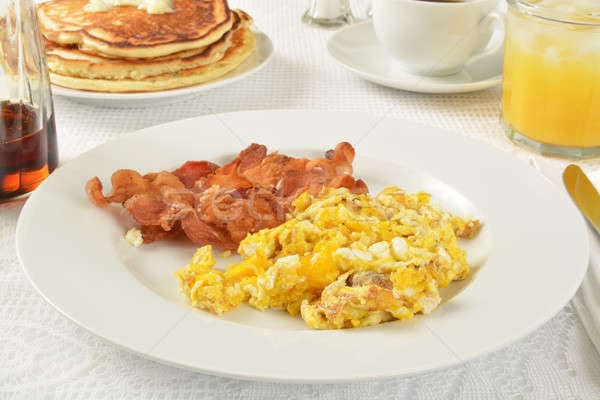 Ovos com bacon