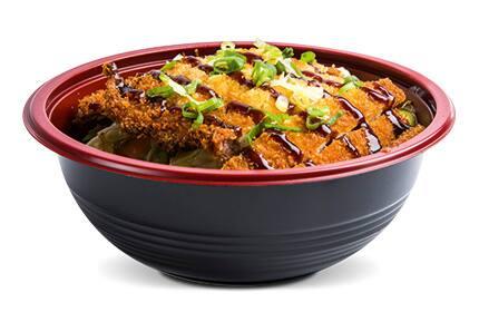 Yakisoba katsu frango(delicioso filé empanado)