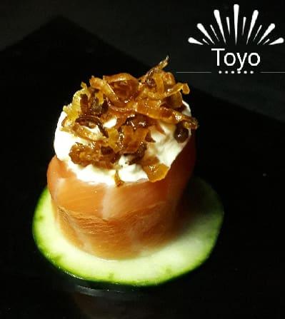 Sushi jo salmão creme cheese e crisp alho poro - ( gukan ).