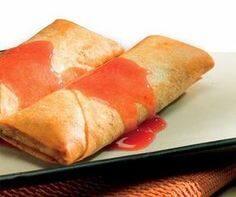 Dupla de rolinhos de frutas vermelhas e queijo (tooop)