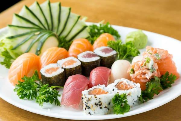 Sushi clássico (16 unidades)