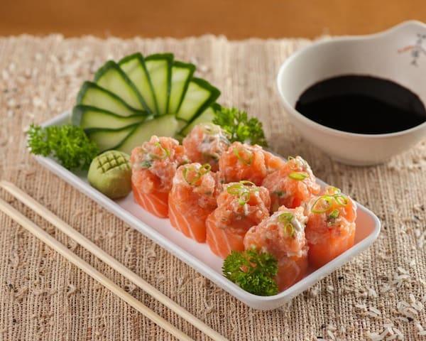 Sushi jhou (8 unidades)