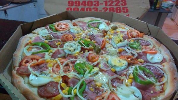 Pizza familia 12 fatias +refrigerante