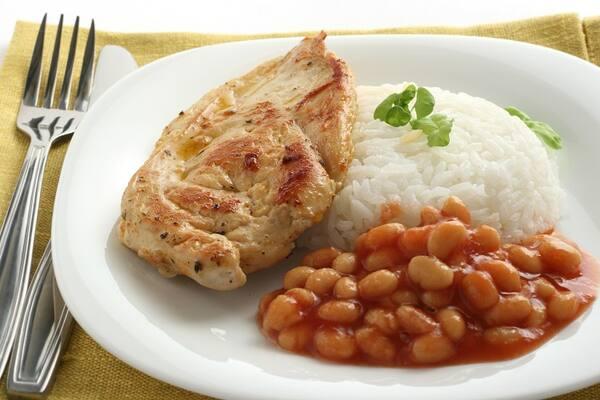 Marmitex de filé de frango grelhado + 2 acompanhamentos