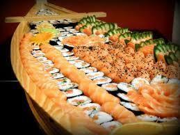 Barco festa - 120 peças (grátis 1 hot roll de salmão + 1 hot roll doce)