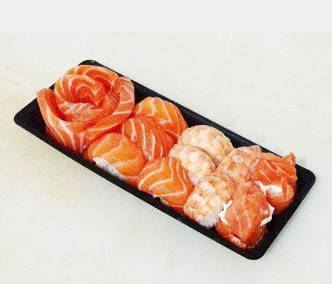 Mini combinado de salmão - 9 peças