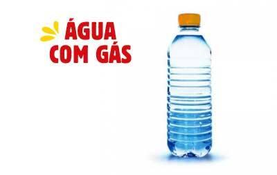 Água mineral - garrafa com gás