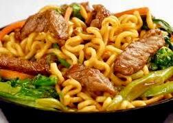Yakisoba de carne (500gr)