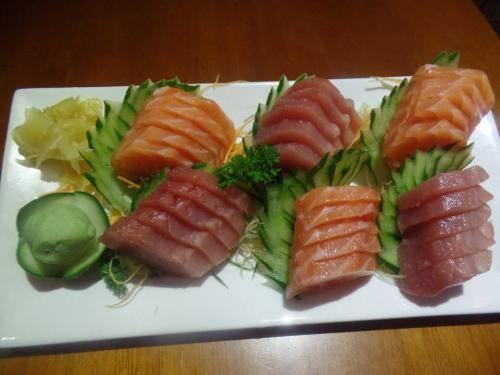 Na compra de um sashimi especial,ganhe um sunomono simples