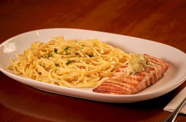 Salmão e Pasta (manteiga)