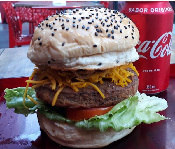 Vegano em dobro + fritas chips + 2 coca cola 350 ml