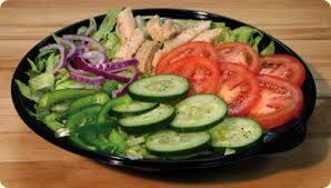 Salada mista com ingredientes fresquinhos