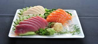 Sashimi de salmão, atum e peixe branco