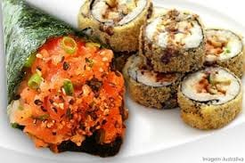 Temaki de salmão + hot roll de salmão  (10 unidades)