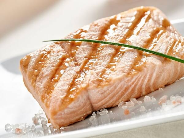 Filé de salmão grelhado