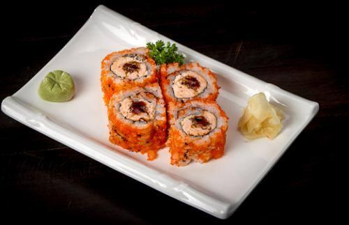 Uramaki especial de salmão grelhado
