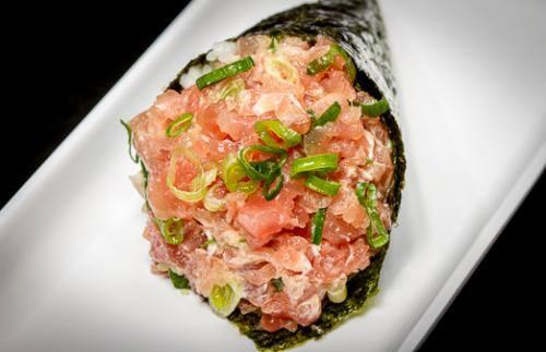 Temaki salmão spicy