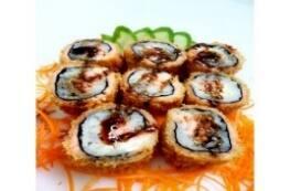 Hot roll salmão com cream cheese kanii