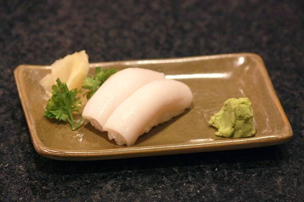 Niguirizushi peixe branco