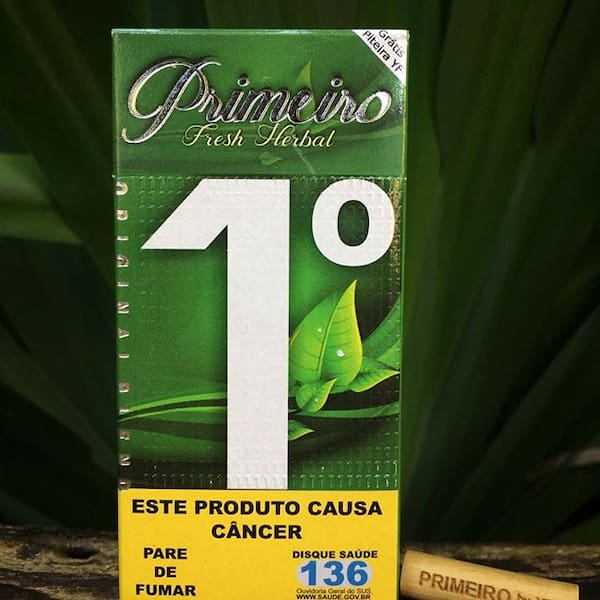 Cigarro de palha primeiro herbal