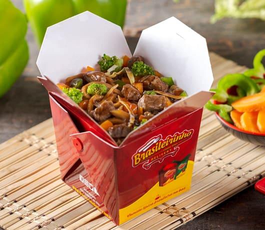Box yakisoba carne