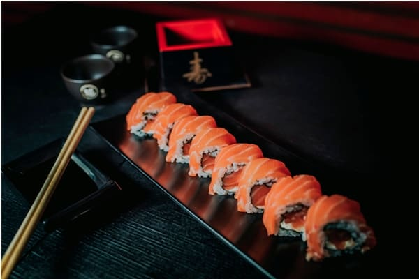 Uramaki  salmão - especial