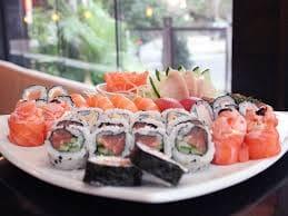 Combinado de salmão (94 peças)