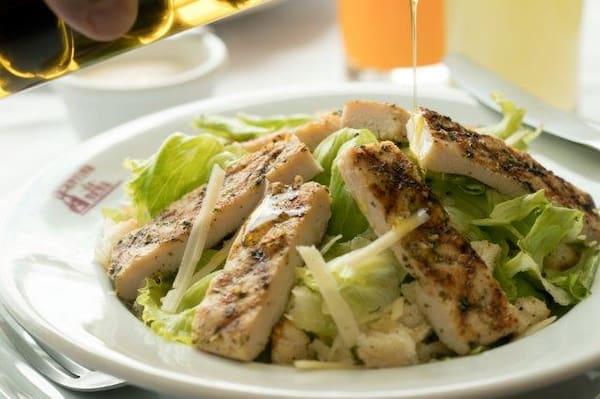 Salada Caesar