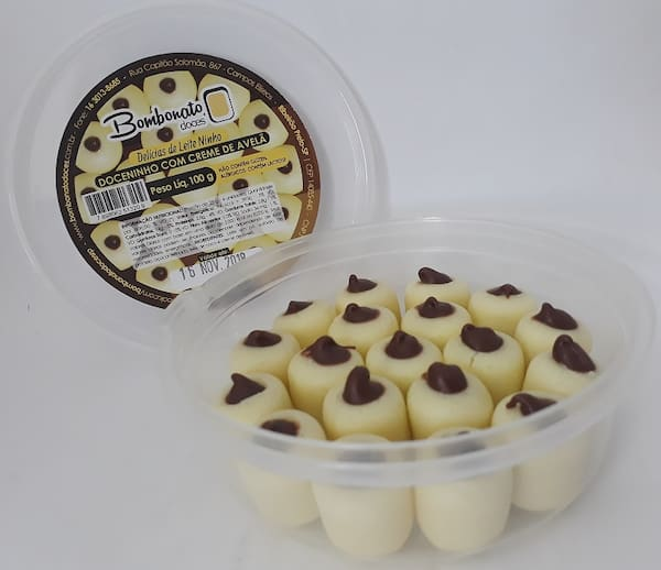 Potinho bolinhas de leite Ninho recheada com Nutella