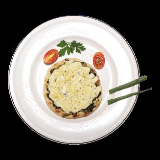 Esfiha de escarola com queijo e catupiry