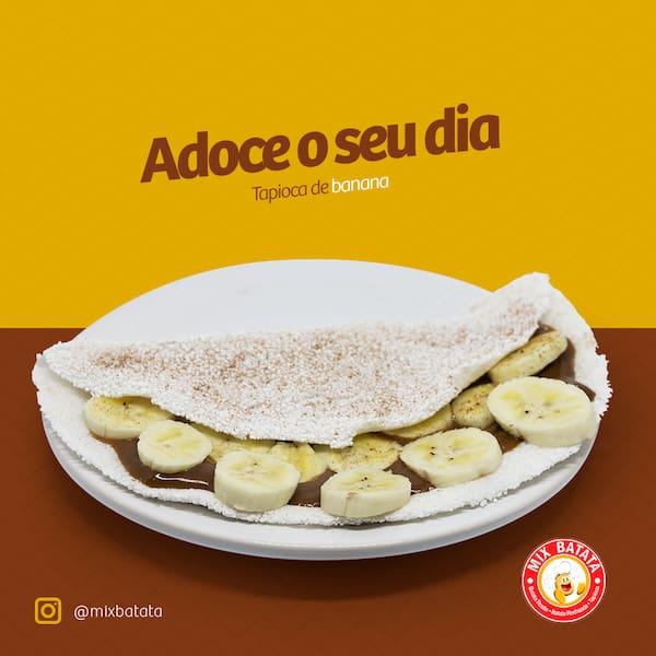 Tapioca de banana com doce de leite e canela