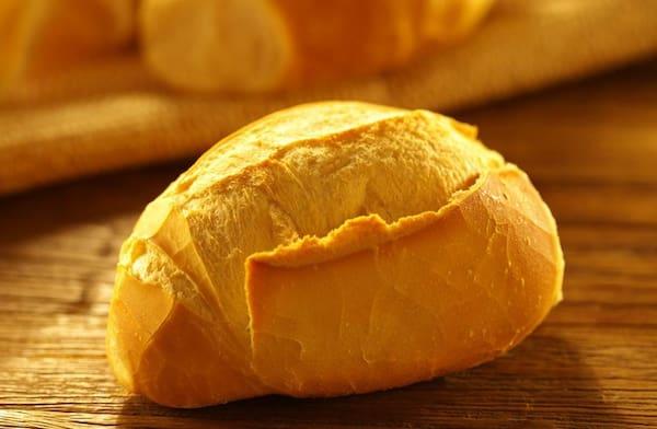 Pão Frances (R$ 17,00 Kl )