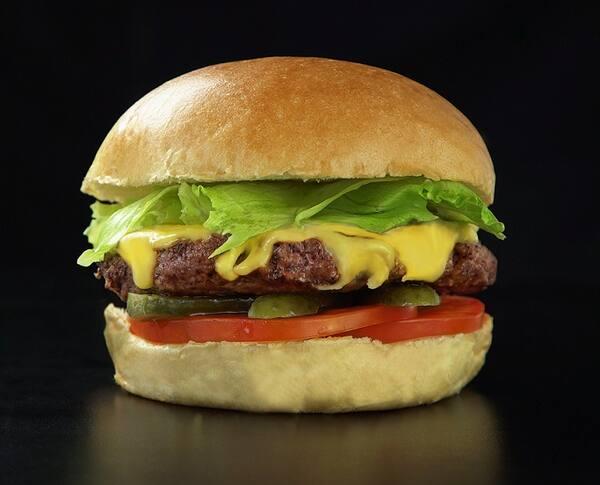 Real (clássico x-salada, mas do nosso jeito) - Hamburguer