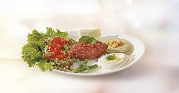 Prato verão: tabule, homus, coalhada e kibe cru