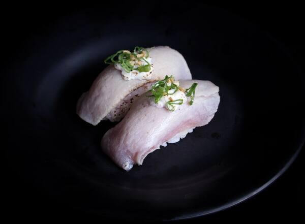 Tuna niguiri - 2 peças