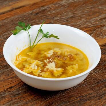 Sopa de Macarrão com Carne