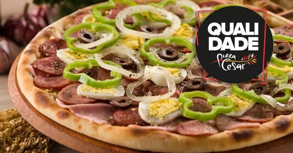 Pizza grande -portuguesa