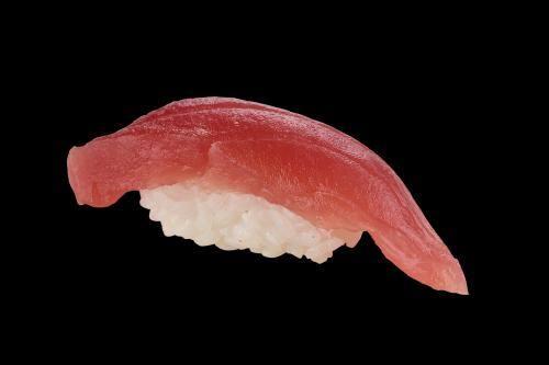 103007 - sushi atum - 2 unidades