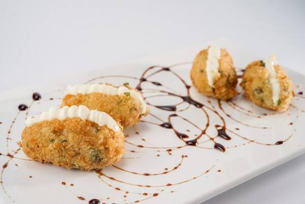 Mini acarajé de tilápia