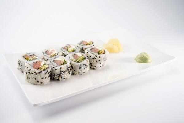 Enrolado salmão cream cheese alho poro