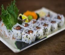 Uramaki de salmão 10 peças